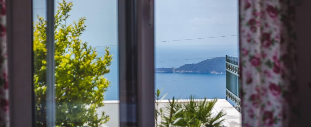 Sea view from bedroom II
