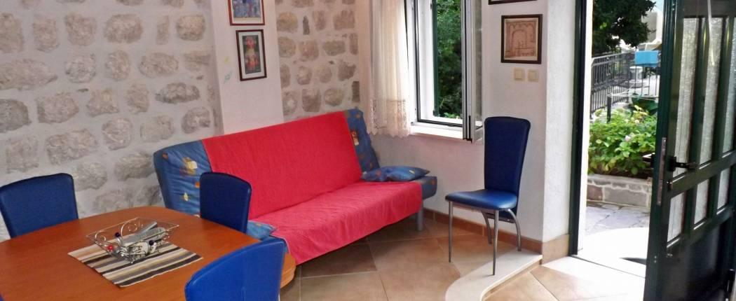Apartments Gudelj Perast | Cipa Travel