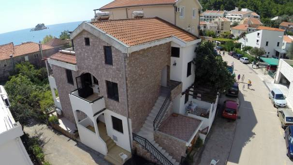 Apartments Vukovic | Mornar Travel | Petrovac Montenegro