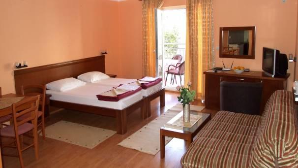 apartments Oaza 1| studio 1/4 | Mornar Travel | Petrovac Montenegro