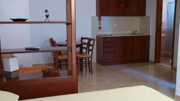 Apartments Dragovic | Studio 1/3 | Obala bb | Petrovac | Mornar Travel | Montenegro