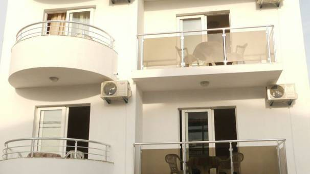 Apartments Lara-S | Dobra Voda | Bar | Morna Travel | Montenegro