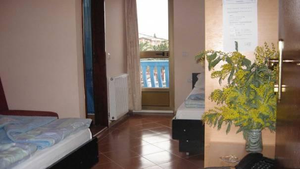 Hotel Adria   Double Room   Šušanj-Bar   Mornar Travel   Montenegro