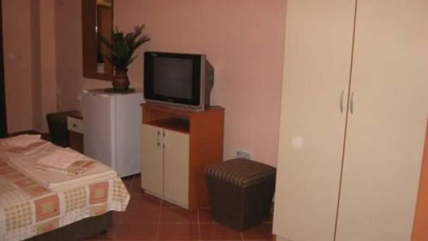 Hotel Adria II   1/4 Room   Čanj-Sutomore   Mornar Travel   Montenegro