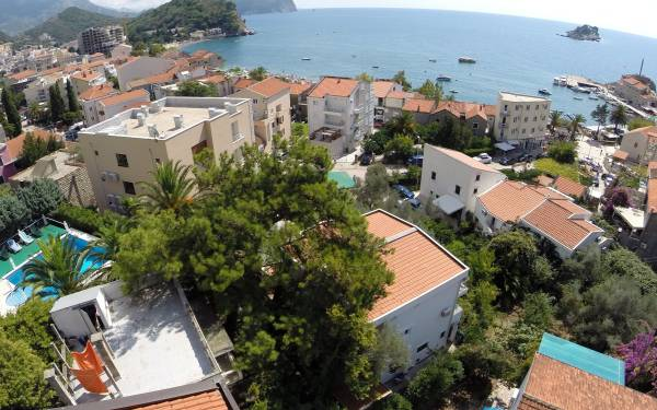 Apartment Ana | Mornar Travel | Petrovac Montenegro
