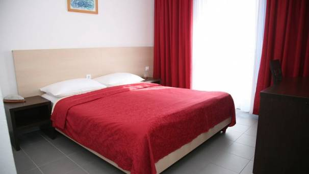Hotel Palma | Double room with park view | Tivat Town | Mornar Travel | Montenegro
