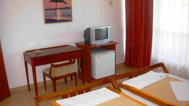 Hotel Bellevue | Single room | Velika plaža | Ulcinj | Mornar Travel | Montenegro