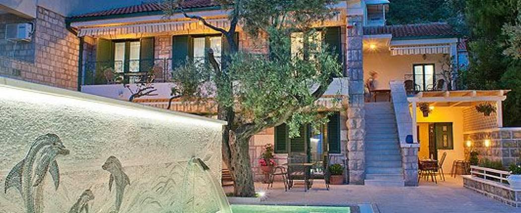 Holiday House Stevan Sveti Stefan | Cipa Travel