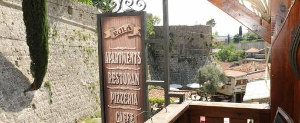 Guest House Kula Bar terrace