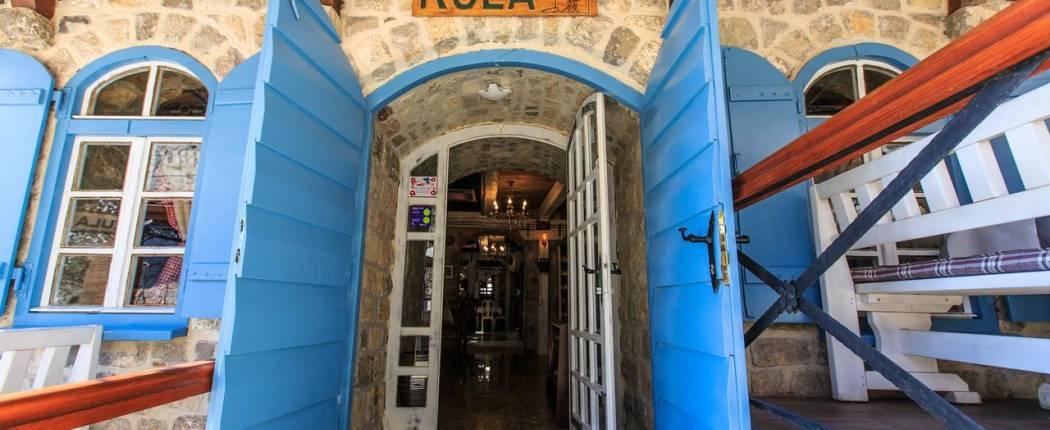 Guest House Kula Bar Montenegro entrance