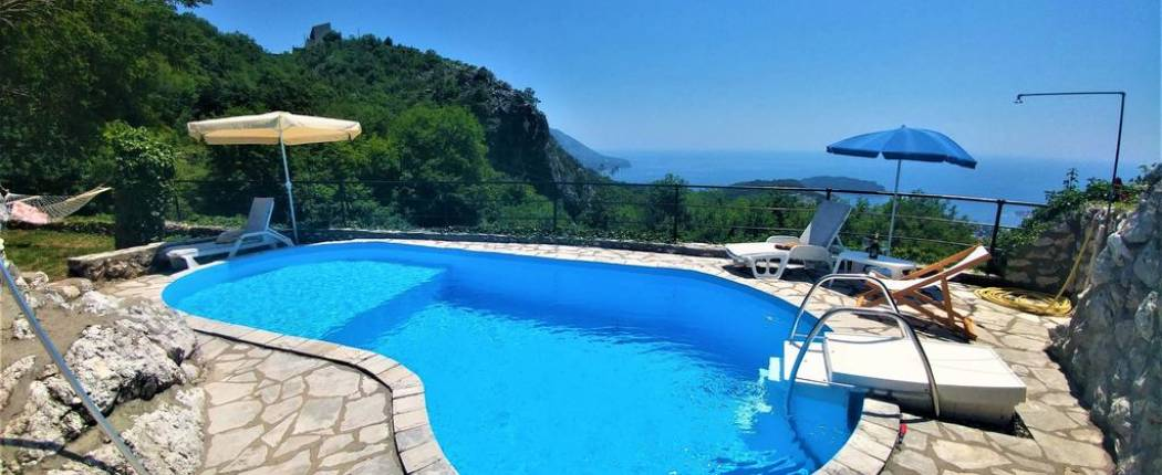 Villa Nera   Budva   Montenegro   Cipa travel