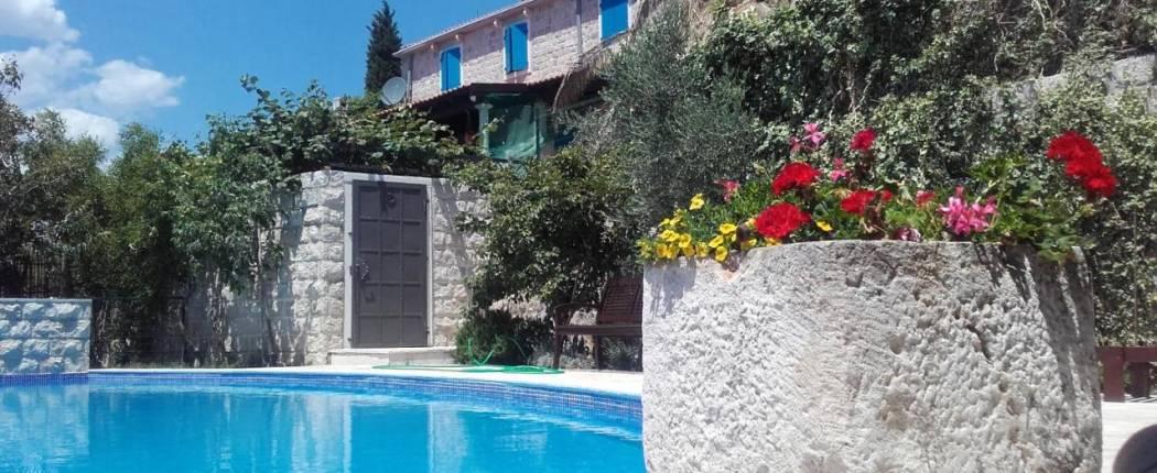 Sunset Villa Rezevici Montenegro house and pool