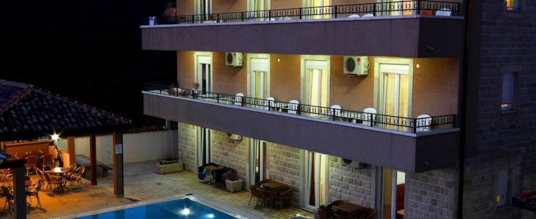 Apartments Mina Sveti Stefan | Blizikuce