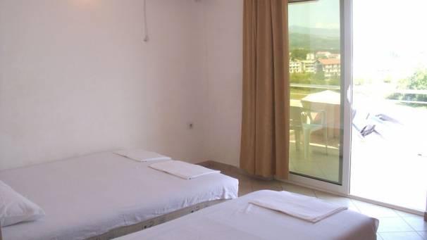 Doni | Room 1/3 Room with balcony | Velika plaža | Ulcinj | Mornar Travel | Montenegro