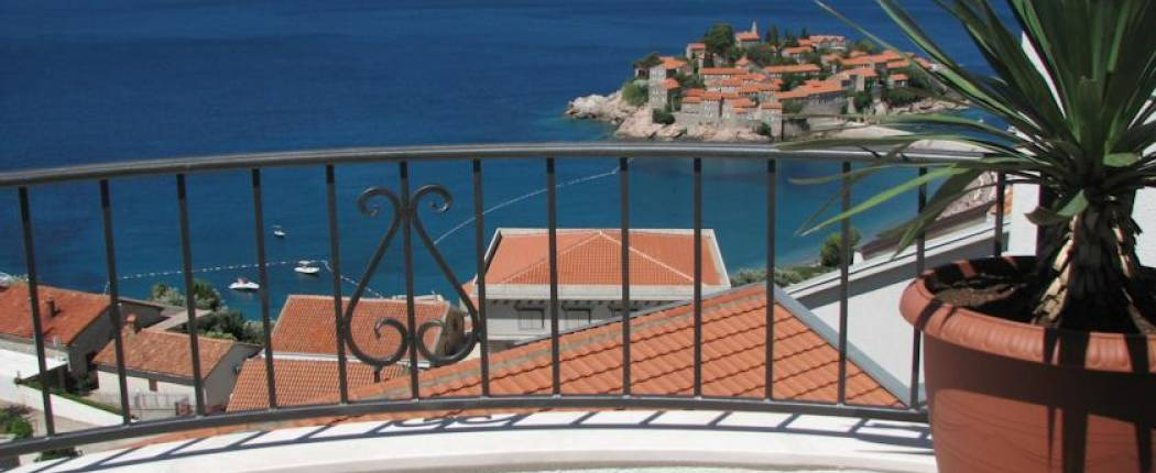Apartments Leut Sveti Stefan | Cipa Travel