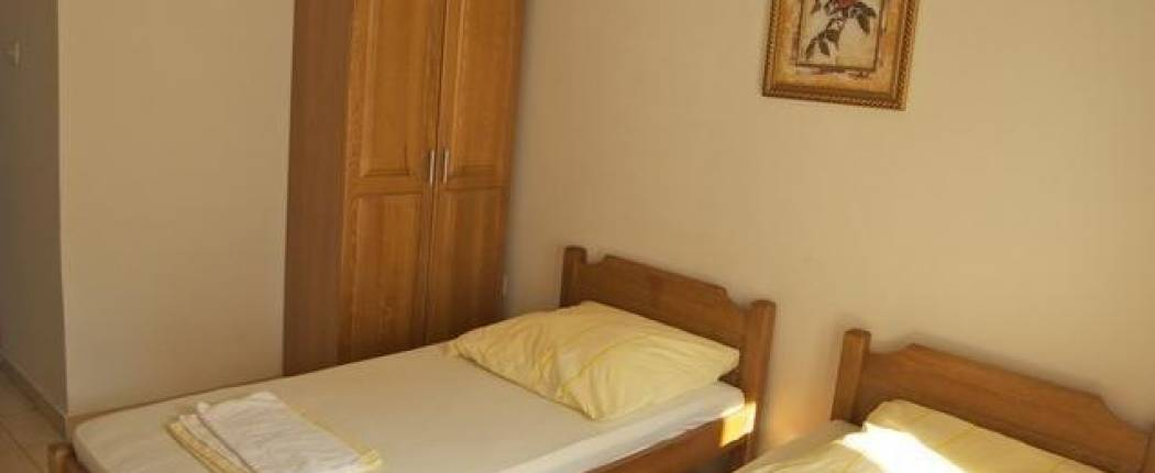 Sun Hostel Budva - Twin room
