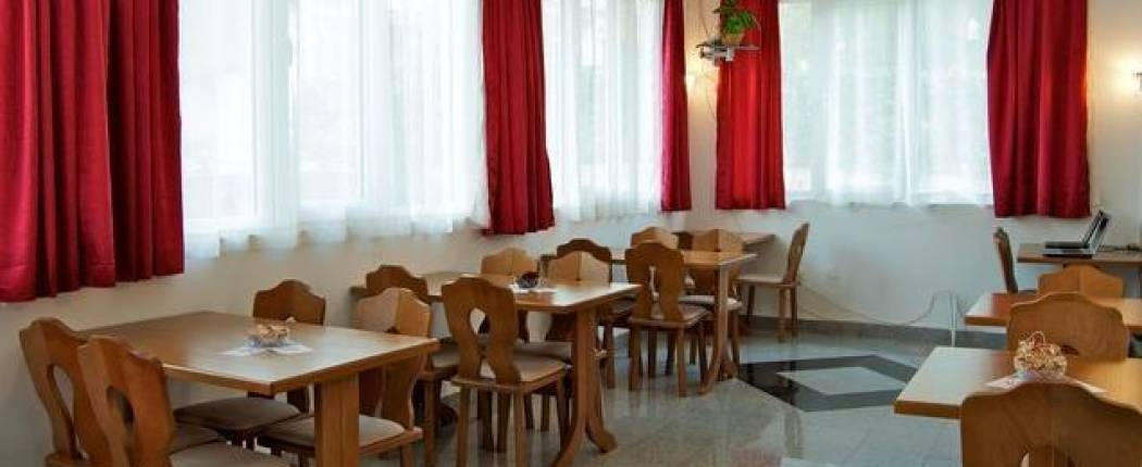 Sun Hostel Budva - Montenegro | Cipa travel