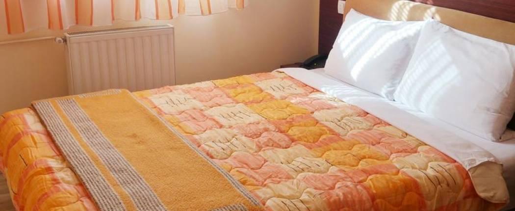 Hotel Čile Kolasin - Double room sa bračnim krevetom