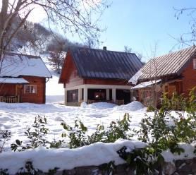 Eco village Bijeli Potok Kolasin | Cipa Travel
