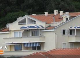 Apartment Stanka Sveti Stefan 3