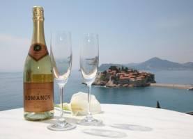 Hotel Romanov Sveti Stefan | Cipa Travel