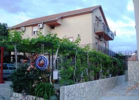Guest House Fanfani Bijela | Montenegro | Cipa Travel