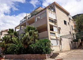 Apartment Valentina Sveti Stefan | Montenegro | Cipa Travel