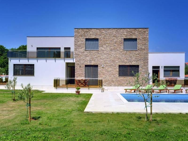 Počitniška hiša z bazenom Medulin, Istra