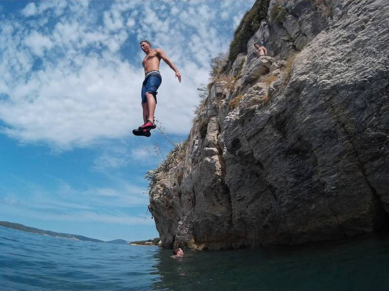 Deep Water Solo & Cliff jumping, Split, Dalmatia, Croatia