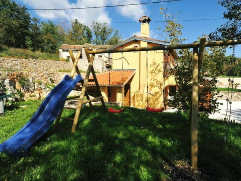 Počitiška hiša z bazenom, Mošćenička Draga, Istra, Hrvaška