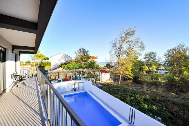 Vila s bazénem Privlaka Zadar, Dalmácie, Chorvatsko