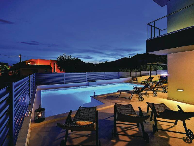 Holiday house with pool Kastel Novi, Trogir, Dalmatia, Croatia