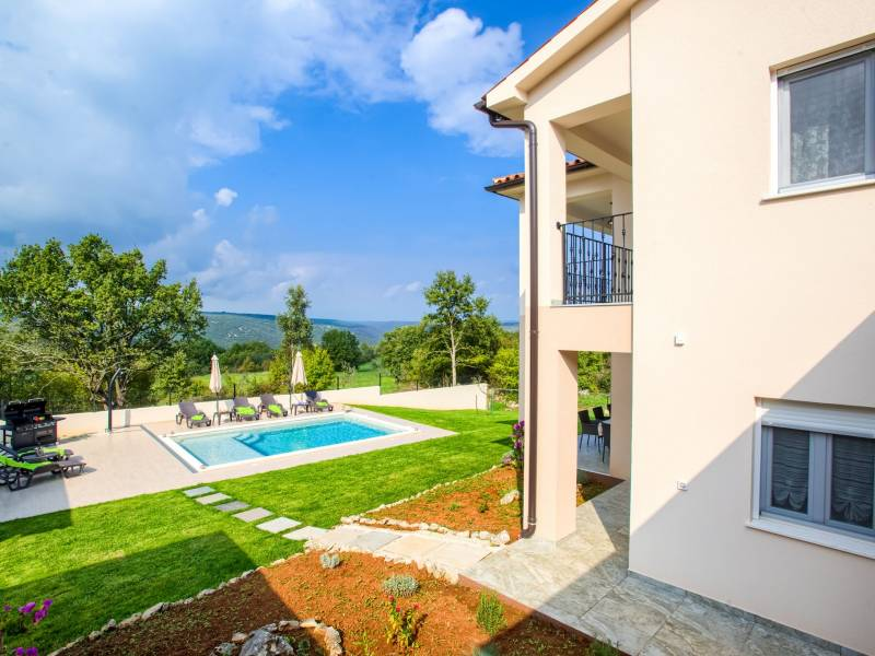 Holiday house with pool Rakalj, Pula, Istria, Croatia