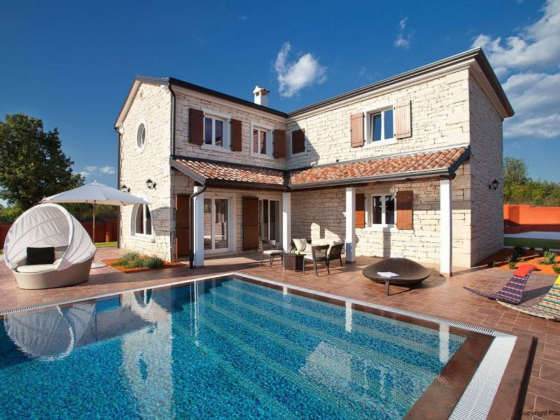 Holiday house with pool Cabrunici near Svetvincenat,  Istria, Croatia