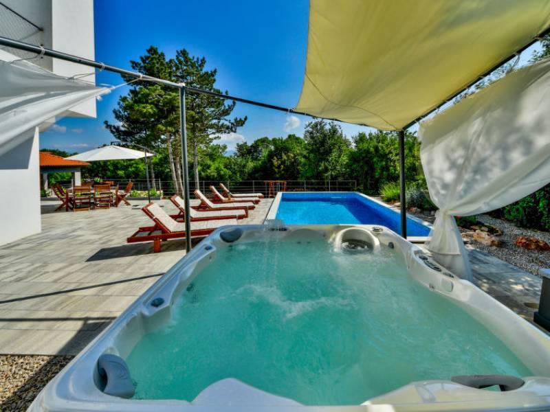 Luksuzna vila z bazenom Krk, Kvarner, Hrvaška