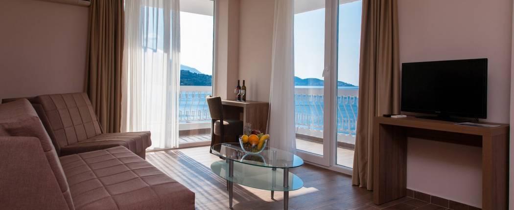 SATO HOTEL CONFERENCE & SPA