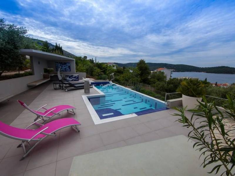 Luxury villa with pool, sea view, Vis, Dalmatia, Croatia