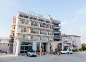 hotel zan villa ulcinj montenegro