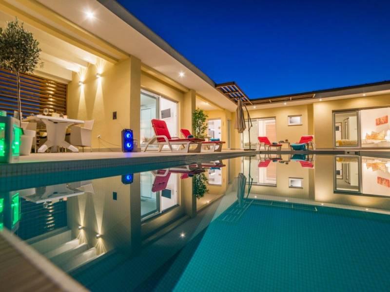 Villa con piscina privata riscaldata in Istria Centrale, vicino a Sanvicento