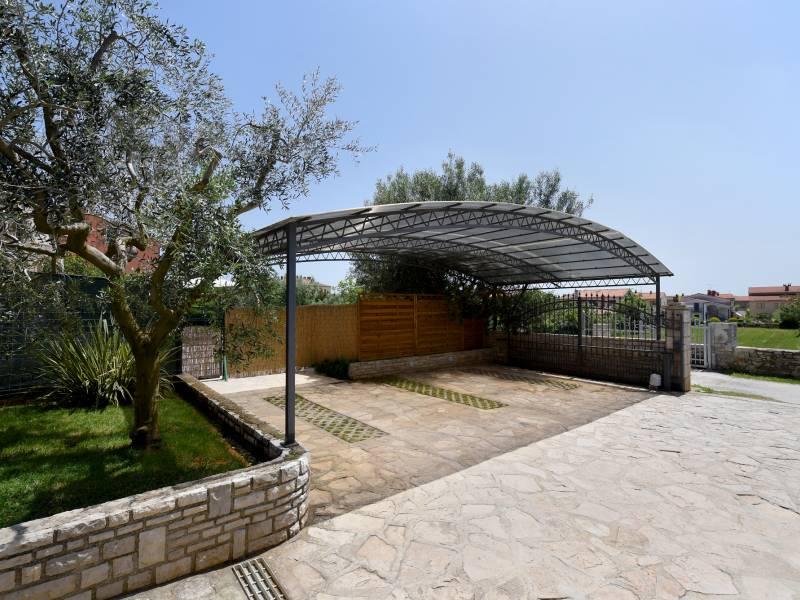 Villa Natali with private pool in Galizana near Pula, Istria, Croatia