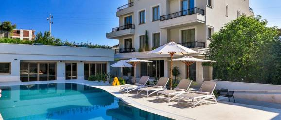 Avanti Hotel & Spa Budva