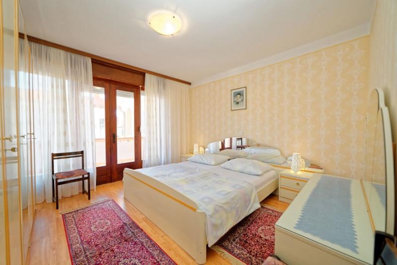 apartmani i sobe marica palit otok rab hrvatska palit. Black Bedroom Furniture Sets. Home Design Ideas