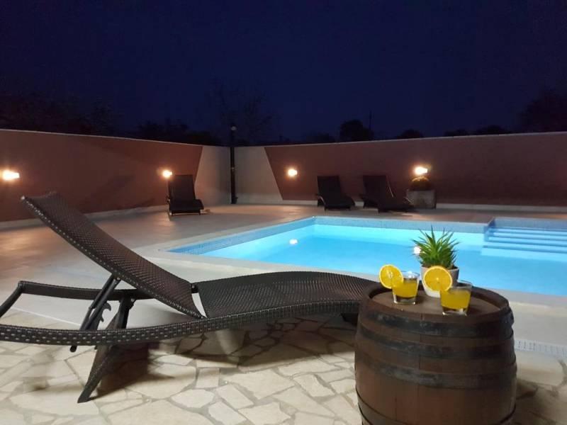 Kuća za odmor Danijela sa bazenom u Valbandonu, Fažana, Istra, Hrvatska