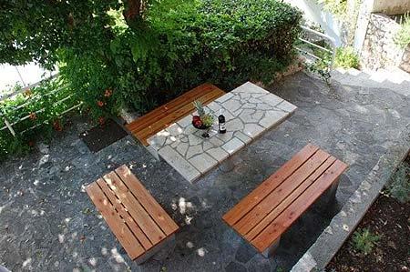 Vile Arbia, sobe Rio i Magdalena, Rab Garden table