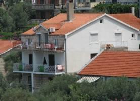 apartments sana sveti stefan side view