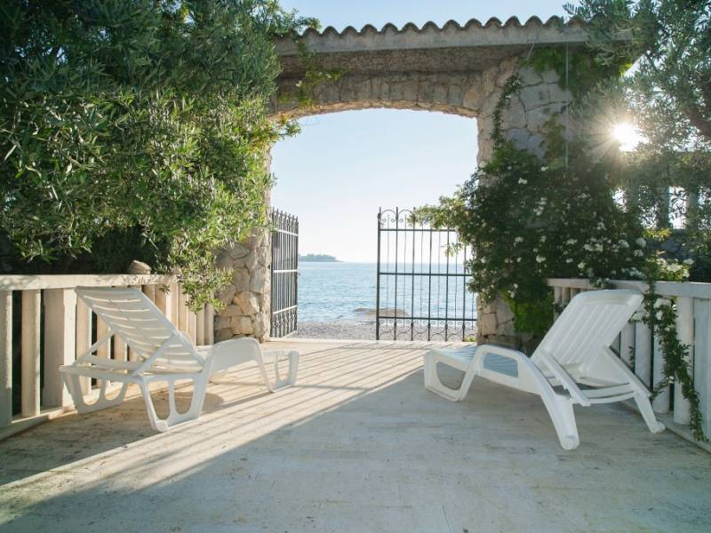 Villa Rogoznica direct at the sea, Dalmatia, Croatia