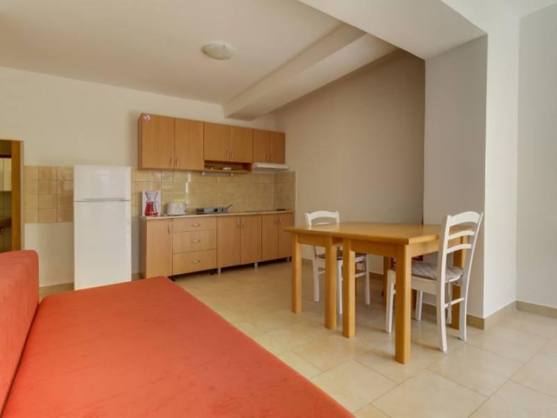 Appartamenti Solic, Artatore, isola di Lošinj, Croazia | Artatore ...