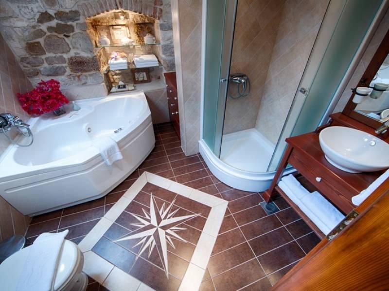Počitniška hiša Komiza, Otok Vis, Dalmacija, Hrvaška Bathroom second floor