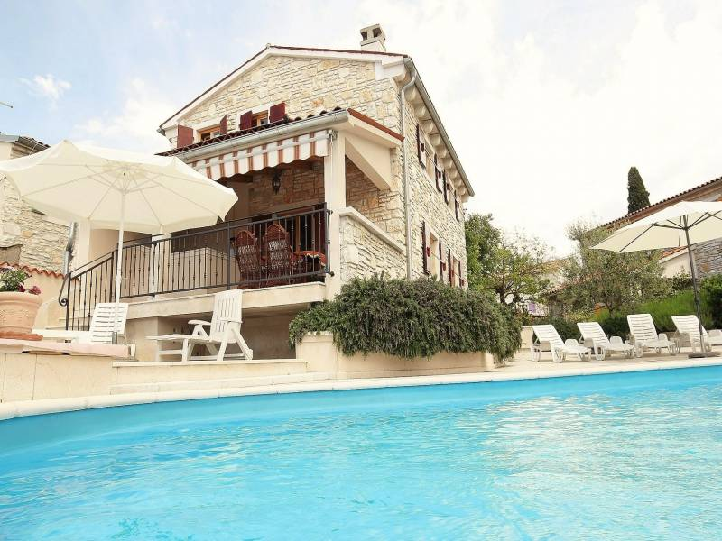 Holiday houses with shared pool, Burici, Kanfanar, Istria, Croatia Mirta