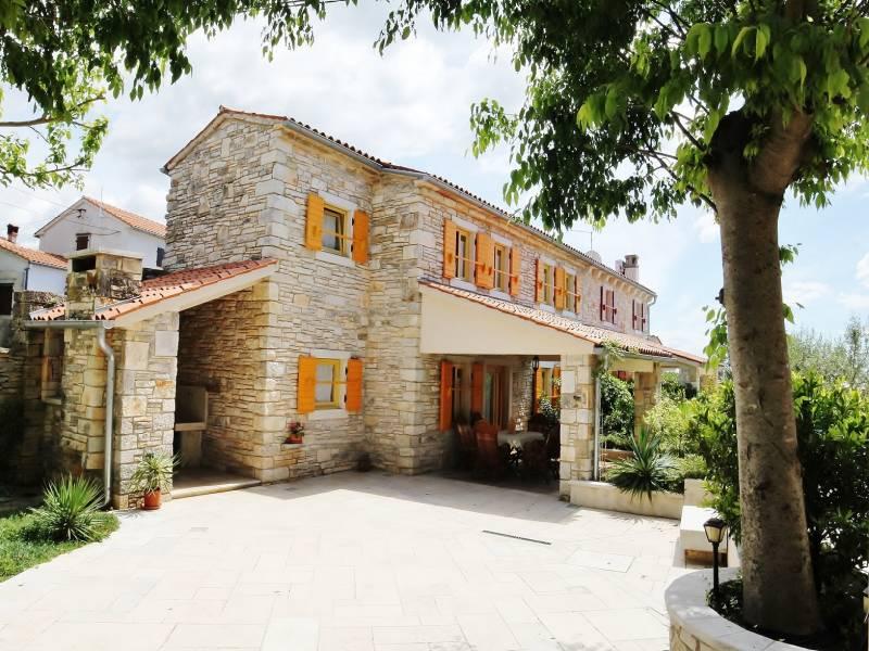 Holiday houses with shared pool, Burici, Kanfanar, Istria, Croatia Valentina